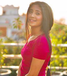 Most Beautiful Bollywood Actress, Beautiful Actresses, Beautiful Girl Indian, Beautiful Indian Actress, Hottest Tv Actresses, Shivangi Joshi Instagram, Cutest Couple Ever, Cute Couples Photos, Indian Tv Actress