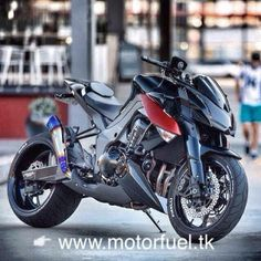 Kawasaki Z1000 motorfuel.blogspot.it