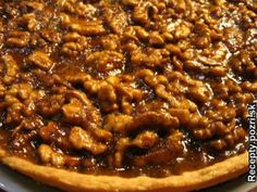 Karamelový koláč s orechmi Pie, Food, Basket, Torte, Cake, Fruit Cakes, Essen, Pies, Meals
