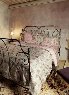 Kind of like my favorite room down the hill-Shabby Chic