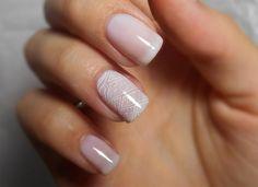 nail art mariage manucure avec une base blanche