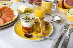 Egg cocotte med tomatbønner Panna Cotta, Eggs, Foods, Drinks, Ethnic Recipes, Food Food, Drinking, Dulce De Leche, Egg