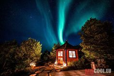 landscape featured northern lights nature travel europe norway scandinavia thanks aurora borealis Magical Pictures, Beautiful Pictures, Aurora Borealis, Beautiful Fairies, Beautiful Places, Aurora Norway, Aurora Sky, Photo D'architecture, Norwegian House