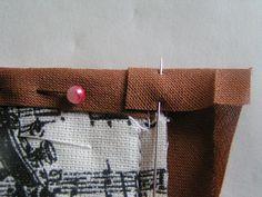Březen měsíc knihy: návod na textilní obal na knihu | Korálky.stoklasa.cz Cufflinks, Accessories, Ornament