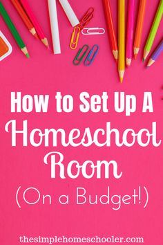 How to Set Up a Simple Inexpensive Homeschool Classroom It can be overwhelming to think of setting up a homeschool room in your house - it doesn't have to be! Let me show you how simple it really Kindergarten Homeschool Curriculum, Curriculum Planning, Online Homeschooling, Homeschool Books, Up House, Tiny House, School Classroom, Classroom Setup, Home Schooling