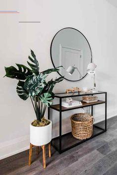 Diy home decor – Interior SPACES Collective: Chaplin Entryway Console Home Living Room, Living Room Designs, Living Room Decor, Living Spaces, Dining Room, Flur Design, Entryway Console, Foyer, The Design Files