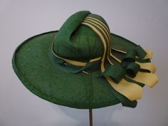 View this item and discover similar for sale at - A wonderful example of straw millinery! Forest green fine straw woven tightly with a pinched peak and extravagant grosgrain trimming in forest 1940s Fashion, Fashion Hats, Hat Stands, Green Hats, Hat Boxes, Hat Shop, Love Hat, Hat Pins, Suits
