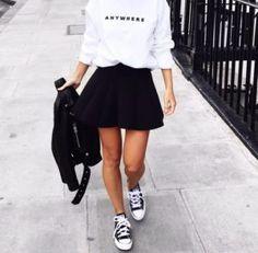 Prendas-Bonitas haters, converse noir, black converse, outfits with converse, converse Look Skater, Black Skater Skirts, Black Skater Skirt Outfit, Outfits With Converse, Casual Outfits, Fashion Outfits, Fashion Trends, Black Converse, College Wardrobe Essentials