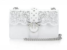 Luxusná talianska kožená kabelka Pinko- White v bielom prevedení je k dispozícií na Slovensku len v dvoch kusoch. Bude jedna z nich vaša? Gucci, Shoulder Bag, Bags, Fashion, Handbags, Moda, Fashion Styles, Shoulder Bags, Fashion Illustrations