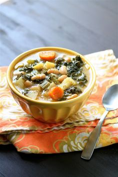 Ah... I love soup season!  White Bean and Kale Soup