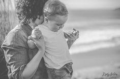 Viernes de foto: Cristina, Javi y el pequeño Mateo II. Sesión familiar. Photo family. Family. Mirando al mar. Asturias. Lady Selva fotografía. Fotógrafa Avilés, Asturias.