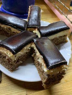 Eszkimó, még a nagymamám receptje szerint | Közösségi Receptek Hungarian Recipes, Diy Food, Cake Cookies, Dessert Recipes, Food And Drink, Cooking Recipes, Sweets, Homemade, Baking