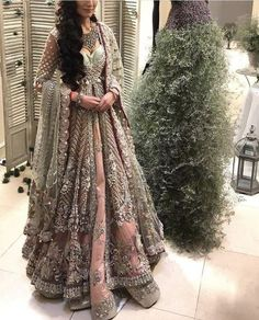 A-Line Wedding Dresses Collections Overview 36 Gorgeou… Indian Bridal Outfits, Indian Bridal Lehenga, Pakistani Wedding Dresses, Pakistani Outfits, Indian Dresses, Bridal Anarkali Suits, Walima Dress, Desi Wedding Dresses, Asian Wedding Dress