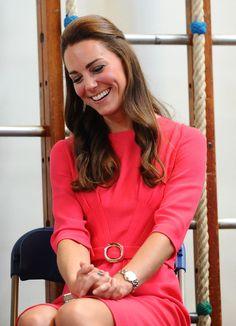 Kate Middleton Photos - The Duchess Of Cambridge Visits An M-PACT Plus Counselling Programme - Zimbio