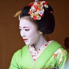 Tokai Ebisu 2015 with maiko Katsusen of Gion Kobu