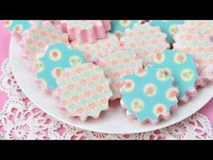 I made pretty Vanilla Marshmallows decorated with Ghirardelli melting wafers and pretty Sugar Stamps. I love to bake, decorate cookies, cakes, cupcakes. Meringue Cookies, Cake Cookies, Chocolate Transfer Sheets, Christmas Cookie Jars, Recipes With Marshmallows, Sugar Art, Bake Sale, Food Design, Cookie Decorating