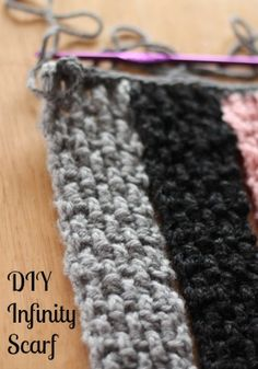 DIY Infinity Scarf Pattern- Heading to Michaels now for some yarn to make this!