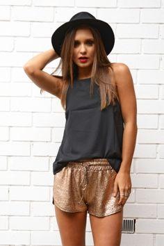 Fall style #fashion #style #woman