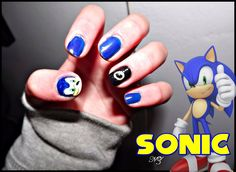 Sonic the Hedgehog Nail Art by NathyZim.deviantart.com
