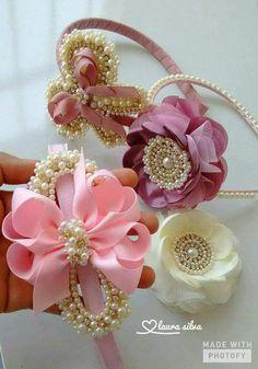 Spring Ribbon Flower Hair Clips Set of 2 Diy Hair Bows, Diy Bow, Diy Ribbon, Fabric Ribbon, Ribbon Crafts, Fabric Flowers, Flower Hair Clips, Flowers In Hair, Baby Bows