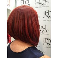 Such a great start to our week with this red concave bob by our @bec.moses ❤️why…