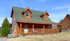 Pigeon Forge Cabins - The Looney Bin