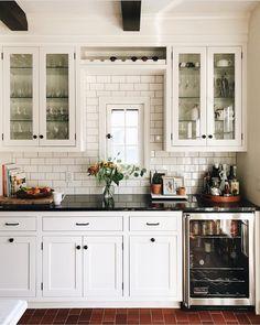 Pretty kitchen details!! Also this weeks favorites are up on Beckiowens.com! Kitchen @patticakewagner