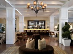 Romantic and Luxury Bar Hotel Interior Design of The L'Auberge Del Mar Hotel, San Diego
