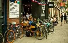A review of London's most famous bicycle cafe - Look Mum No Hands! Opening Times * What's On Offer * Prices *Directions - Official Zing Guide