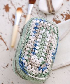 Crochet Make Up Bag - Tutorial