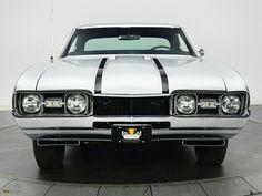 1968 Hurst Olds front
