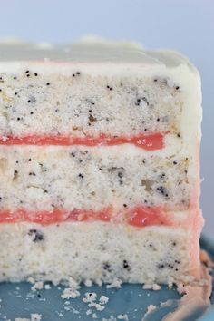 With winter fruits at their peak, grab some perfectly pink grapefruits and whip up my Grapefruit Poppy Seed Cake with homemade grapefruit curd filling! Food Cakes, Cupcake Cakes, Cupcakes, Fruit Cakes, Just Desserts, Dessert Recipes, Grapefruit Recipes Dessert, Grapefruit Curd, Poppy Seed Cake
