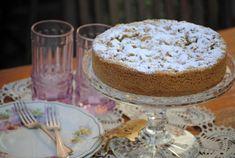 Italian apple cake – on my long forgotten cake stand Crystal Cake Stand, Apple Cake, Vanilla Cake, Ale, Sweet Treats, Deserts, Pudding, Cooking, Recipes