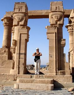 Aswan is a beautiful & peaceful town at the southern limit of Egypt and has an African cultural heritage which is making it unique and different from other regions in Egypt http://gosmarttours.com.eg/en/travelers-guide/holiday-attraction/aswan-travel-guide