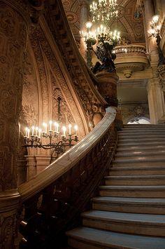 Provence-Opéra, Paris