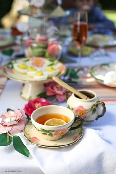 Afternoon_High_Tea. How to make tea, British style.