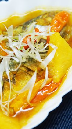 Lempah Kuning One of the special foods of Bangka Belitung is suitable for lunch menu or Sahurmu dish Healthy Diet Recipes, Healthy Cooking, Cooking Recipes, Malay Food, Meat Recipes For Dinner, Indonesian Cuisine, Malaysian Food, Diy Food, Seafood Recipes