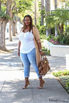 plus size trendy clothes 50 best outfits - Page 48 of 98 - Trendy Women Outfits Older Women Fashion, Big Girl Fashion, Curvy Fashion, Trendy Fashion, Fashion Outfits, Fashion 2018, Fashion Brands, Fashion Websites, Fashion Stores