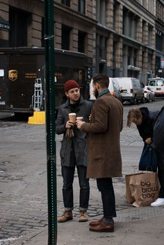 Coffees. Chilling. dark red hat. Men. Street style