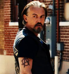 Chibs, the hottest grey-haired Scot, with a Glasgow smile, that ever was