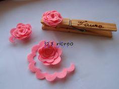 #Segnaposto da una #molletta con fiore in pannolenci da 123ricreo - https://sites.google.com/site/123ricreo/di-tutto-un-po