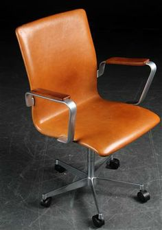 Arne Jacobsen. Oxford Office Chair, model 3271