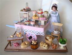 Cake Cart 1 by Mum and Me Miniatures, via Flickr