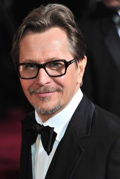 Gaz ♡ Gary Oldman [Gary Leonard Oldman] (born 21 March is an English screen and stage actor, filmmaker and musician Gary Oldman, British Actors, American Actors, Tim Roth, Crazy Man, Liam Neeson, Romantic Pictures, Hugh Dancy, Michael Fassbender