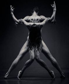 Stunning Dancer Capture by Vadim Stein – Fubiz Media