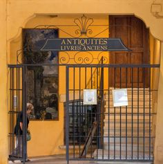 Blog Voyage, France, Romantic Homes, Antique Books, Family Vacations, Pathways