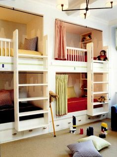 this would work, but there would be 4 beds in both rooms. lol 3 extra beds but it never hurts to be prepared for company