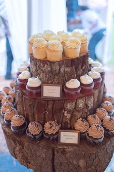 Tree stump cupcake stand // photo by Jenn Guthrie Photography, see more: http://theeverylastdetail.com/eclectic-colorful-southern-wedding/