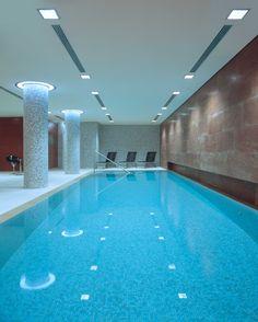 Pools of blu on pinterest hotels indoor pools and resorts - Indoor swimming pool berlin ...