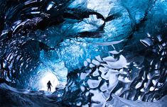 Ice Caves Photography in Iceland – Skarpi Thrainsson - Fubiz